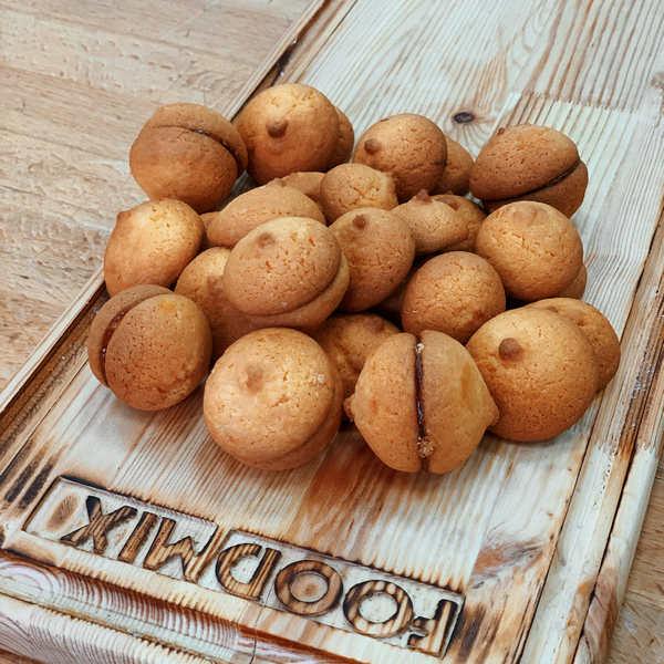 Печенье Фруктовое на основе смеси Монабейк 6003 и начинки ДэллиФрут со вкусом абрикоса производства компании Фудмикс