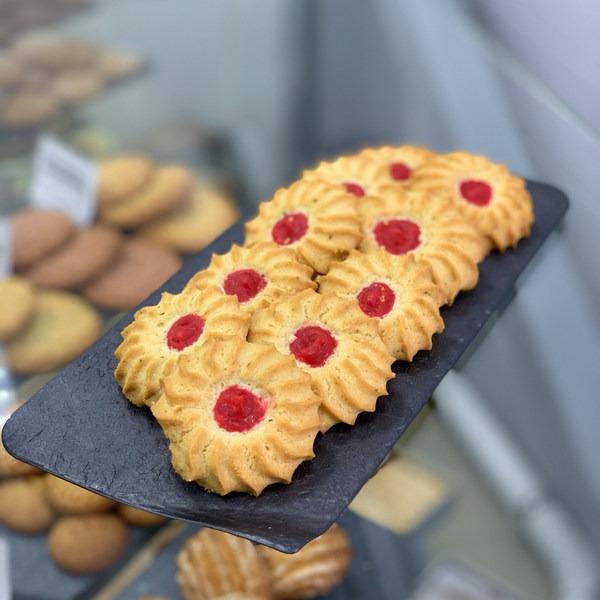 """Печенье """"Курабье"""" на основе смеси Монабейк 6003 и начинки Дэллифрут с ароматом черной смородины"""