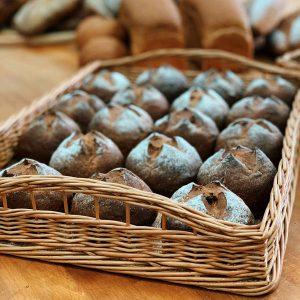 Десертные булочки на смеси Софипан Мальтмикс и Глазурь темная производства компании Фудмикс