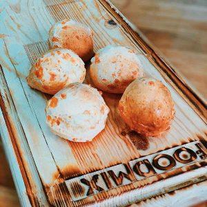 Cырные булочки Гужеры на смеси Монабейк 6017 производства компании Фудмикс
